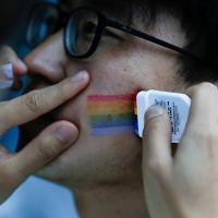 Transgêneros na China são classificados como 'doentes mentais'