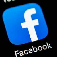 Facebook bloqueia globalmente contas de apoiadores de Bolsonaro