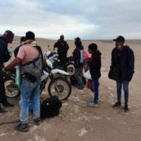 Oito venezuelanos ainda estão desaparecidos no deserto do Peru com o Chile