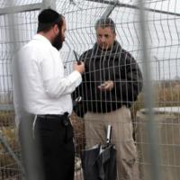Israel emite mais 16.000 autorizações de trabalho para  palestinos